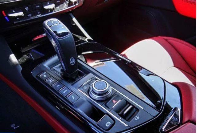 2020 Maserati Levante Lease Special full
